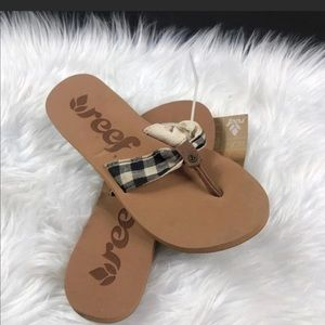 REEF SANDALS WOMENS SIZE 5